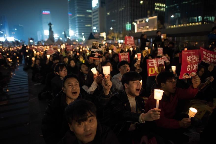 Protestas en Seúl piden dimisión de la presidenta surcoreana. Park Geun-Hye. (AFP)