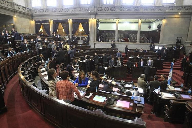 Hemiciclo del Congreso de la República, durante reunión del pleno. (Foto Prensa Libre: Édwin Bercián)