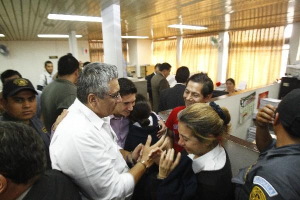 ecuatorianos quedan libres; el juez argumentó que no existían pruebas en contra de los sindicados.