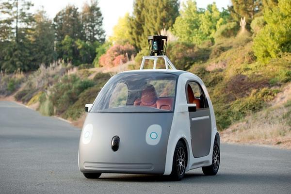 <p>Google tiene listo carro autónomo y lo probará en calles de California, anunció la firma. (Foto, Prensa Libre: AFP)<br></p>