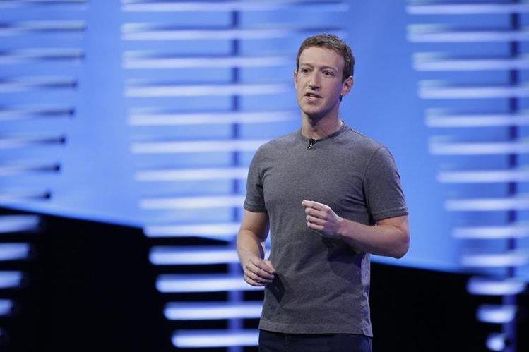 Mark Zuckerberg, de 32 años, creó Facebook en el 2004. La red social cuenta ahora con más de 1 mil 500 millones de usuarios de todo el mundo. (Foto Prensa Libre: AP).