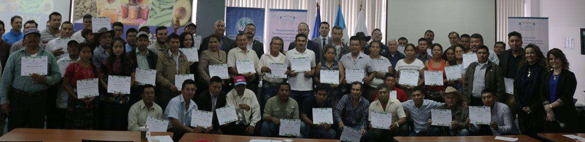 Nuevos productores lograron certificado para participar en Agritrade.