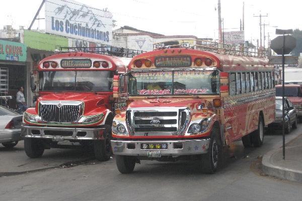 Un centenar de buses circula a diario por Chimaltenango,  y los transportistas señalan a  la Municipalidad de que les efectúa cobros ilegales y excesivos, así como  multas inexistentes.