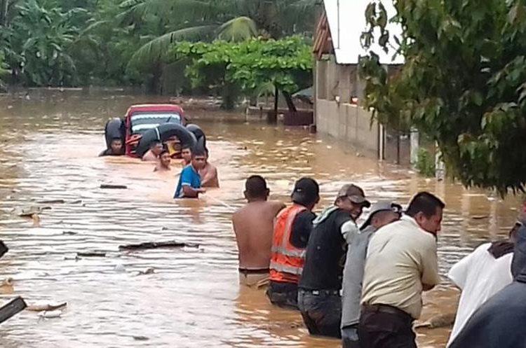 Cientos han resultado afectados por las lluvias en Chisec, Alta Verapaz