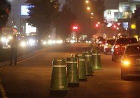 El cierre del retorno ubicado en el kilómetro 14 ha permitido agilizar el tránsito. (Foto Prensa Libre: Edwin Bercián)