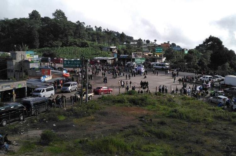 Campesinos de Guatemala bloquean carreteras para pedir la renuncia de Morales