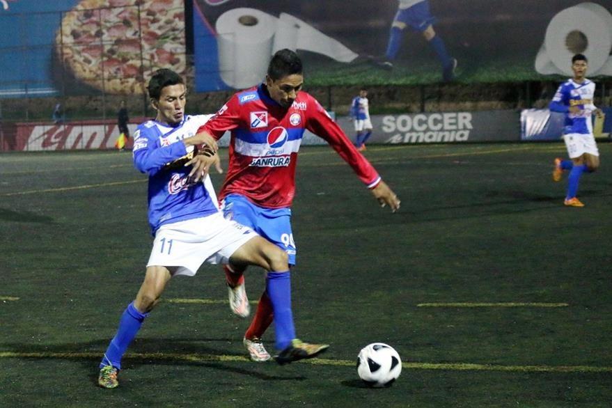 El equipo quetzalteco vuelve a los entrenamientos este viernes para alistar el partido de mañana por la noche contra la Antigua Guatemala. (Foto Prensa Libre: Carlos Ventura)