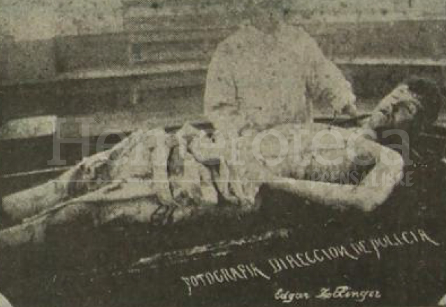 Cadáver del alemán Zollinger, asesino material del presidente Reina Barrios. (Foto: Hemeroteca PL)