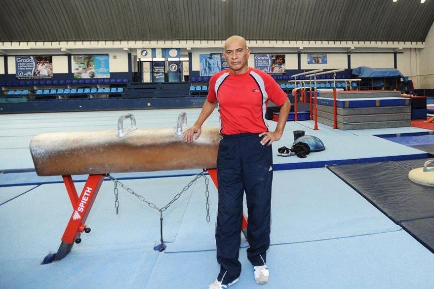 Sergio Tejeda, entrenador del gimnasta Jorge Vega. Foto Prensa Libre: Francisco Sánchez.