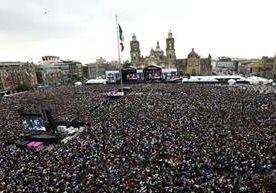 Multitudes asistieron al concierto solidario en la Ciudad de México.