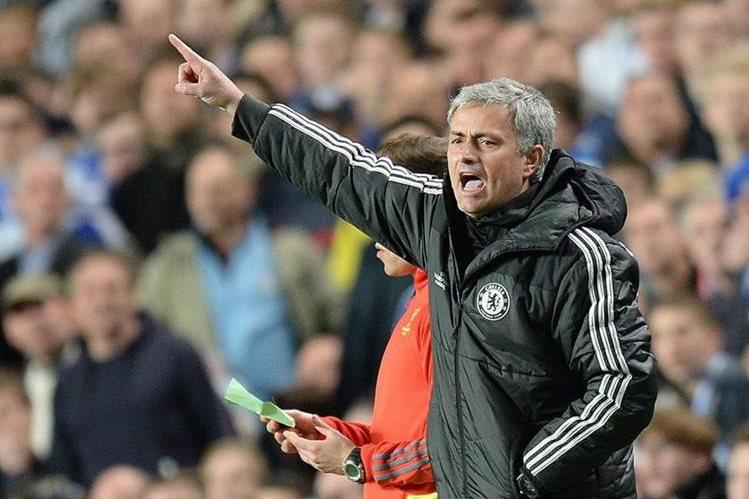 La selección de Indonesia de fútbol, pretende hacerse con los servicios del técnico portugués José Mourinho para dirigir al equipo nacional. (Foto Prensa Libre: Hemeroteca PL)