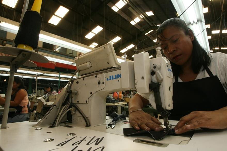 Maquilas instaladas en el país no pagarán el ISR durante 10 años. (Foto Prensa Libre: Hemeroteca PL).