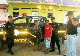 José Luis Guillermo Jiménez Posada y Gilberio Jiménez Peñate fueron detenidos en Santa Rosa. (Foto Prensa Libre: PNC)