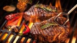 Quienes gustan consumir carne asada pueden seleccionar el corte solomillo o lomo alto. Estos cortes también se pueden preparar a la parrilla.