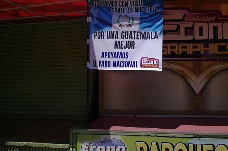 Empresa de Publicidad cerró sus instalaciones en apoyo a marcha ciudadana.
