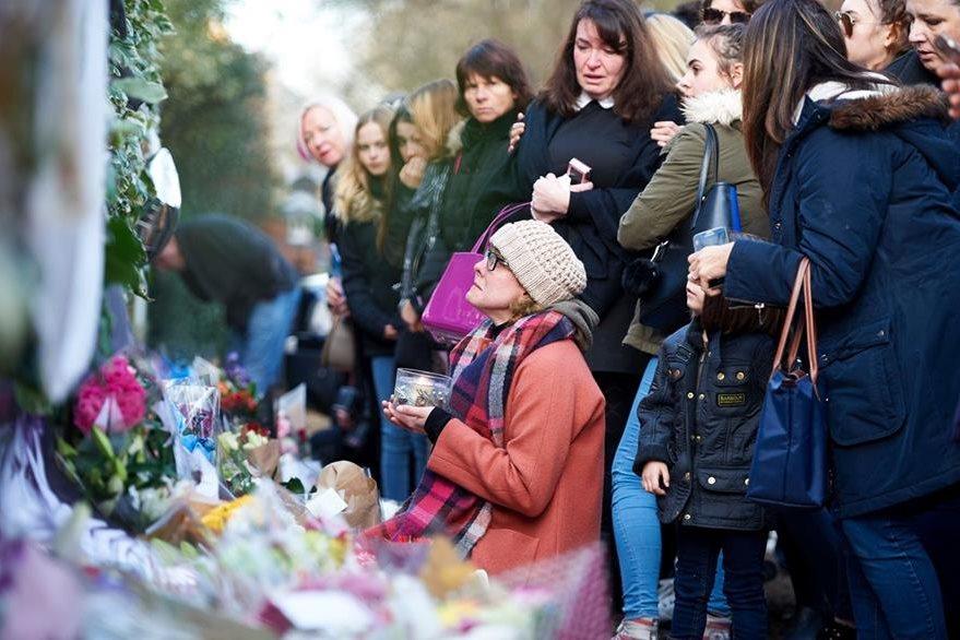 Se realizaron homenajes en el mundo por la muerte de George Michael. (Foto Prensa Libre: AFP)