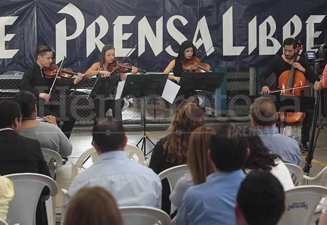 Presentación del Cuarteto Asturias en las instalaciones de Prensa Libre el 29/4/2016. (Foto: Hemeroteca PL)