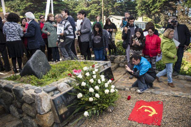 En 2016, el poeta Pablo Neruda fue enterrado nuevamente en Isla Negra, a 120 km de Santiago de Chile. GETTY IMAGES
