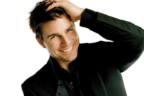 Tom Cruise se mantiene como en sus mejores años.