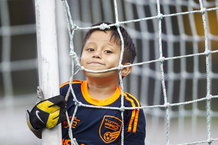Adrián González espera recuperarse algún día y continuar su carrera deportiva. (Foto Prensa Libre: Norvin Mendoza)