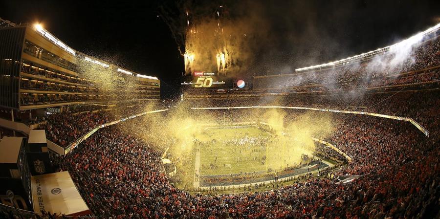El festejo de los Broncos de Denver se dio al final del Súper Tazón. (Foto Prensa Libre: AFP)