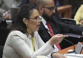 Exvicepresidenta rinde su testimonio por el caso La Línea