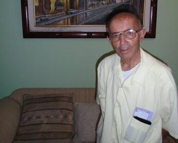 Elías Ruiz, pedagogo, es el creador del proyecto Libros a la Calle. (Foto Prensa Libre: Cortesía)