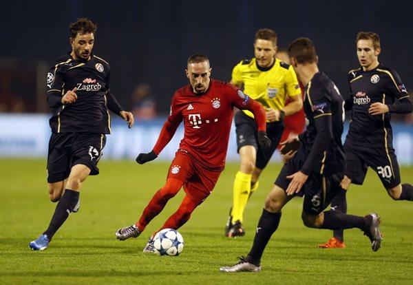 Franck Ribery se volvió a lesionar en el duelo de Champions League contra el Dinamo Zagreb (Foto Prensa Libre: EFE)