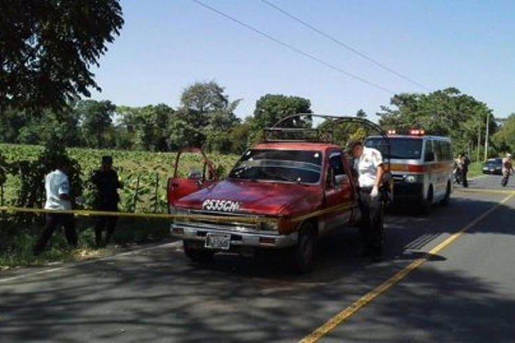 Lugar donde ocurrió el ataque armado en la ruta hacia Malacatán, San Marcos. (Foto Prensa Libre: Bomberos Voluntarios).
