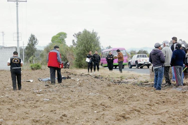 El motorista  Esdras Emanuel Castro Romero murió el 20 de febrero de este año cuando delincuentes lo derribaron de su motocicleta, en la ruta entre la cabecera de Chimaltenango y Parramos. (Foto Prensa Libre: Hemeroteca PL)