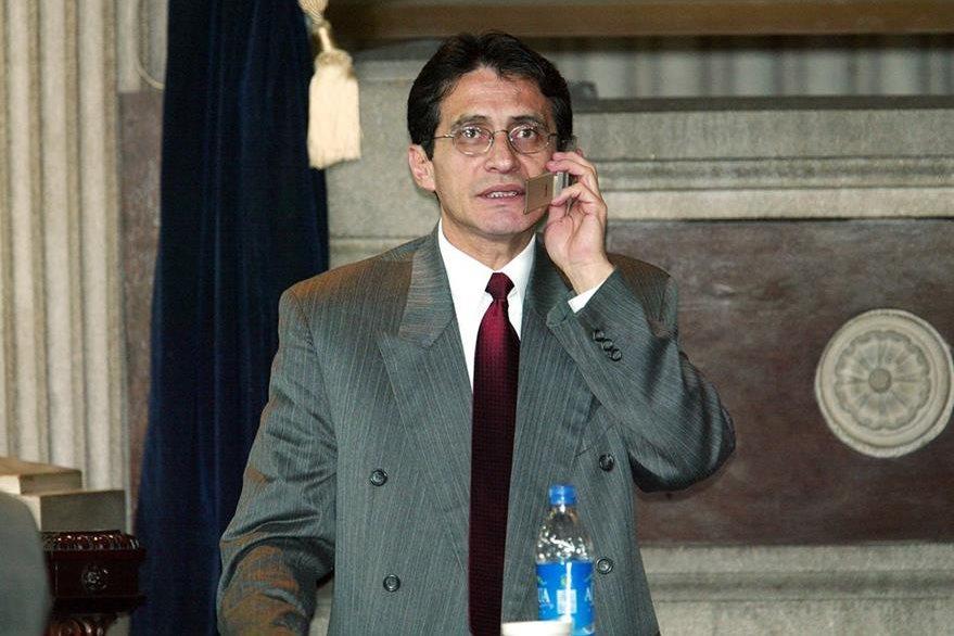 Byron Barrientos en el 2002, en su época de diputado del Frente Republicano Guatemalteco. (Foto: Hemeroteca PL)